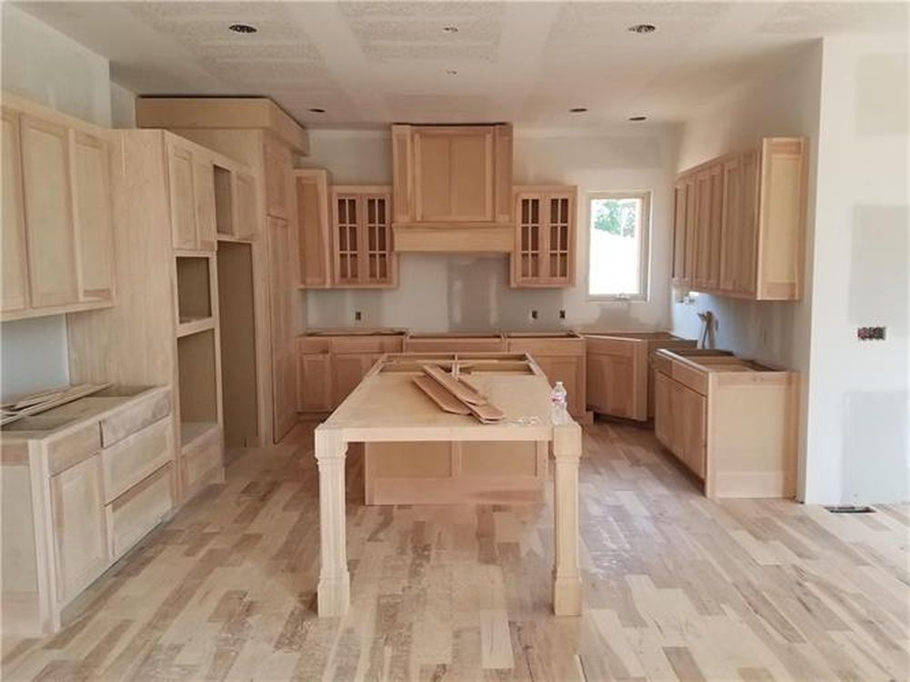 2747 W 162nd St Overland Park Ks 66085 Mls 2053235 Zillow Kitchen Cabinets Home Decor Cabinet