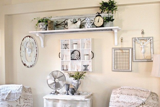 How To Decorate A Large Wall Farmhouse Style Farmhouse Wall