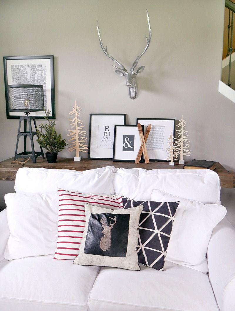 Christmas Living Room Decorations | Christmas living rooms, Modern ...