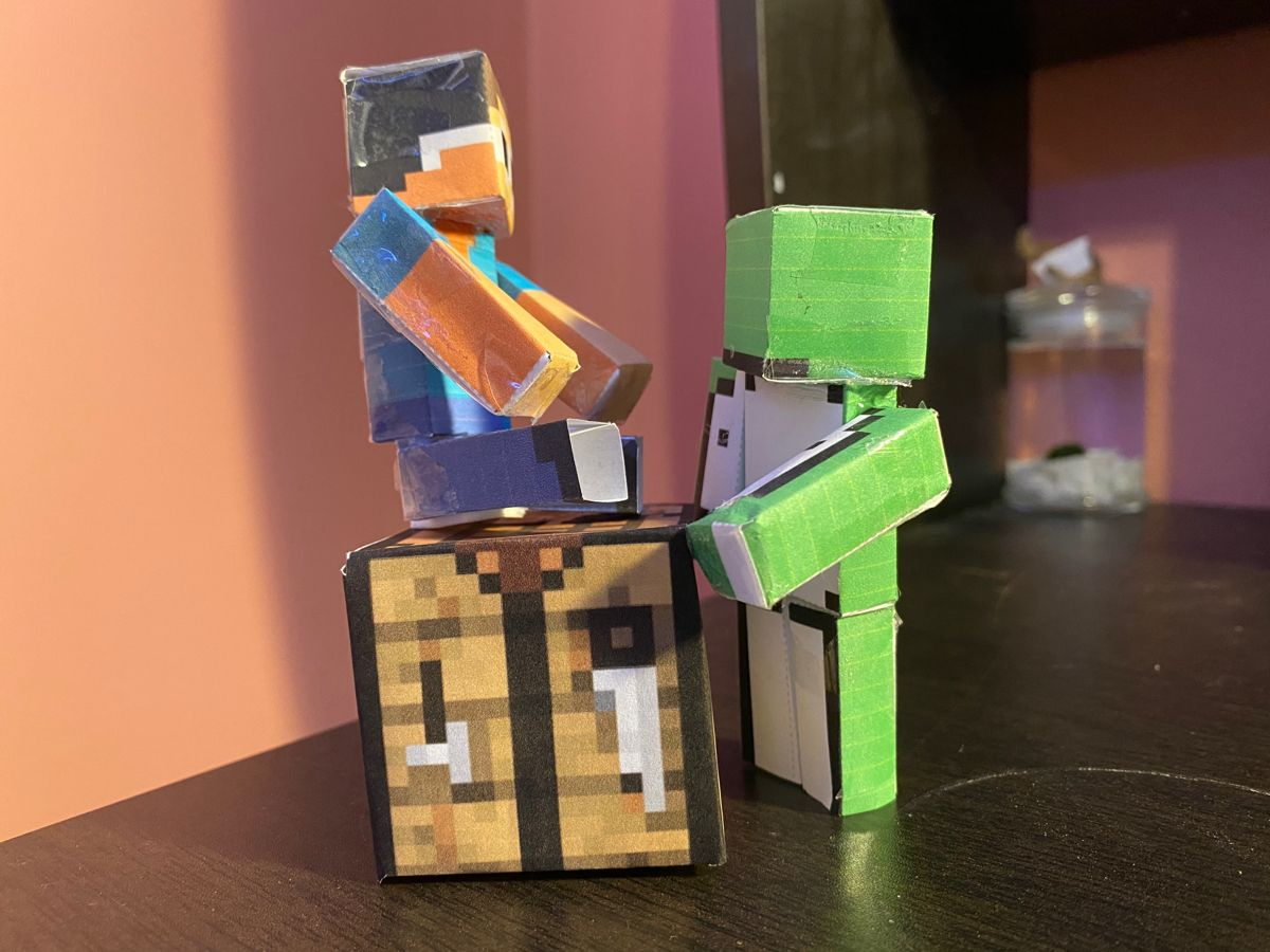 George Get Off The Crafting Table Papercraft Minecraft Skin Crafting Table Minecraft Craft Table
