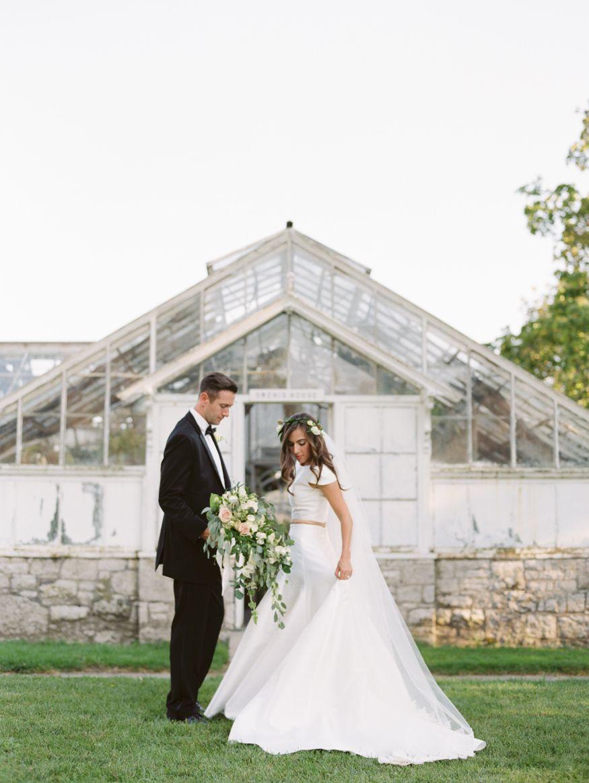 Sonnenberg Gardens Wedding Photography Lake Wedding Venues Wedding Crop Top Garden Wedding