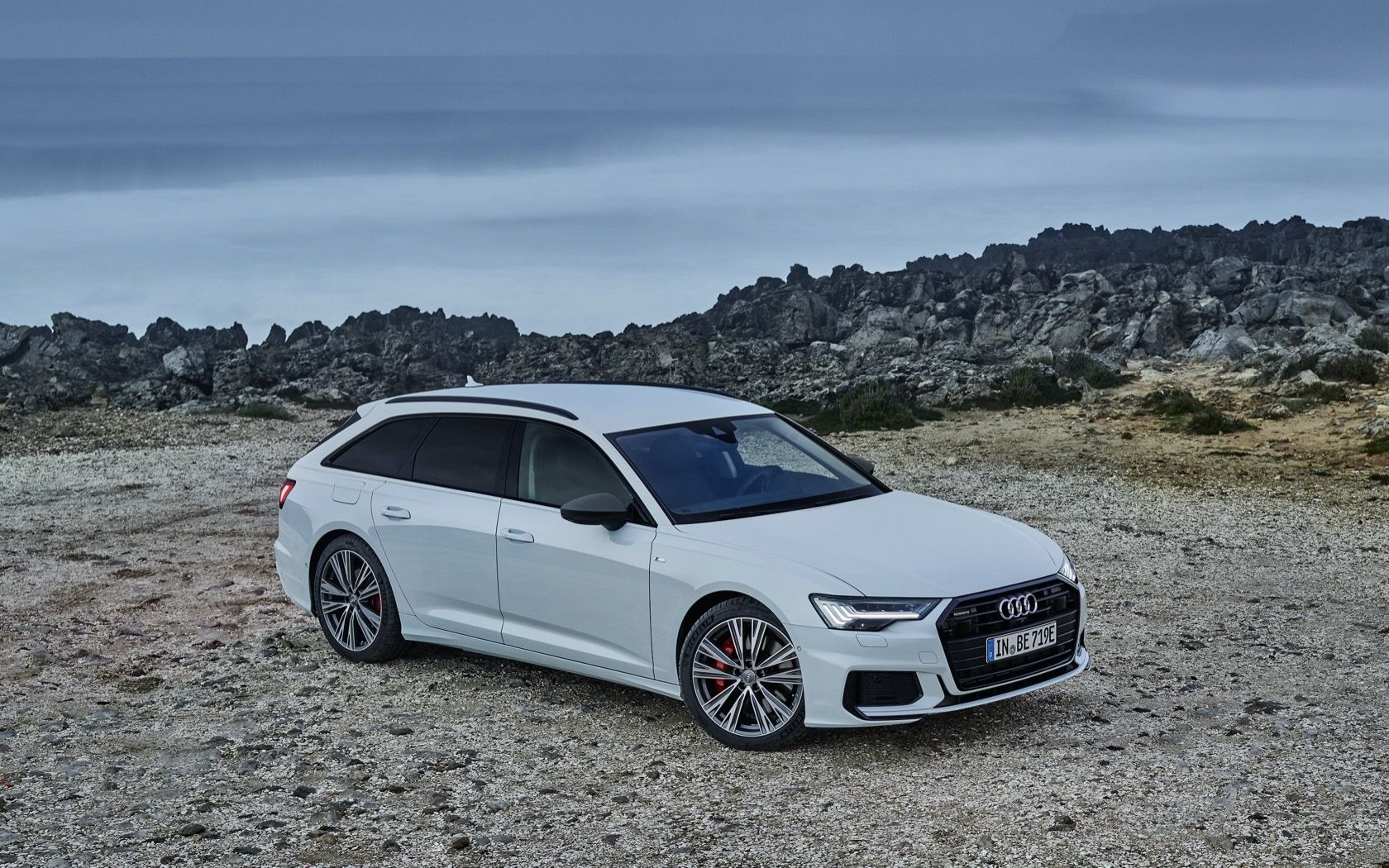 2020 Audi A6 Avant 55 Tfsi E Quattro Makes Stunning Wagon A Plug In Hybrid In 2020 Audi A6 Avant Audi Audi A6