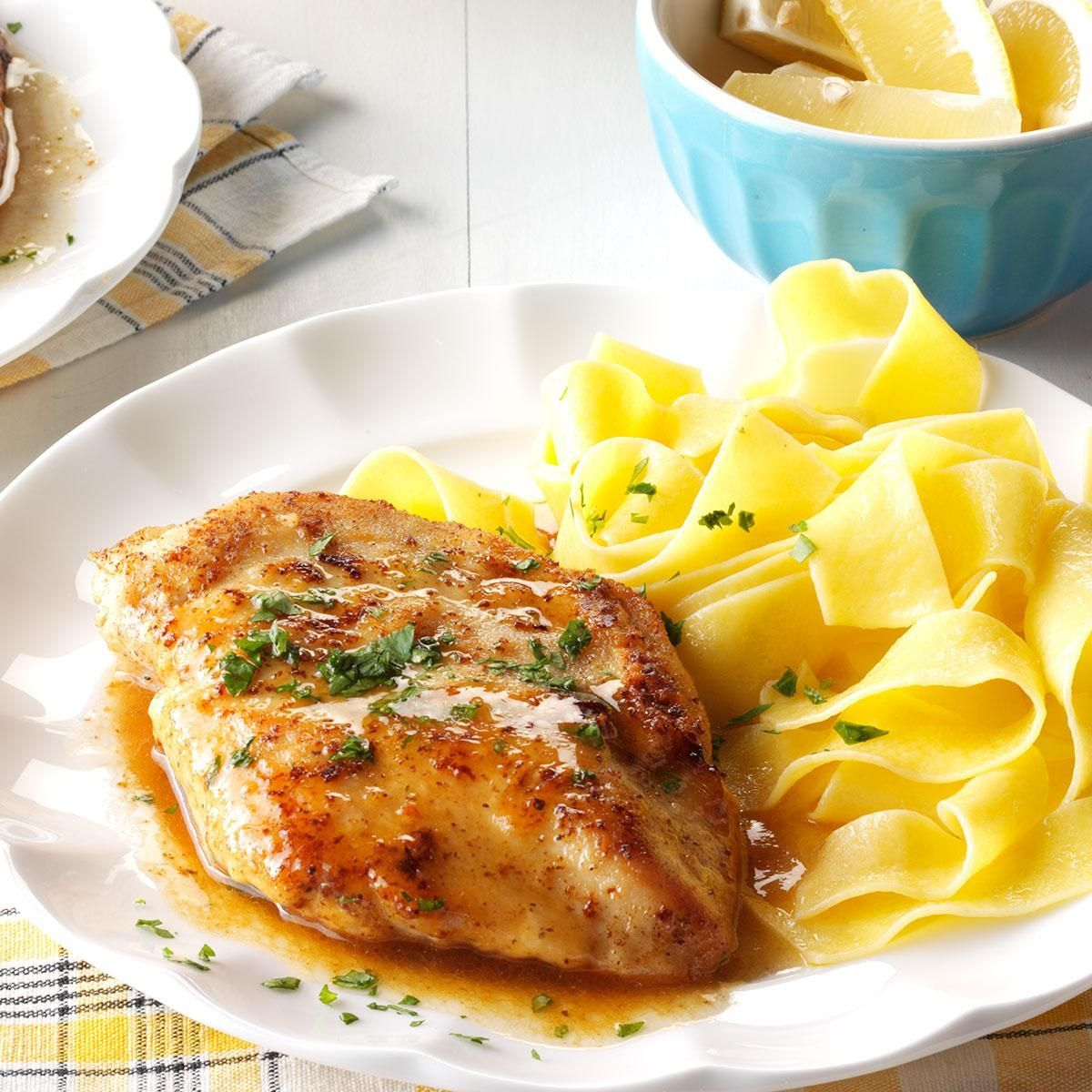 Chicken Piccata Quick Chicken Piccata Recipe  **cut chicken into strips, doubled white wine, served with buttered egg noodles & garlic Parmesan broccoliQuick Chicken Piccata Recipe  **cut chicken into strips, doubled white wine, served with buttered egg noodles & garlic Parmesan broccoli