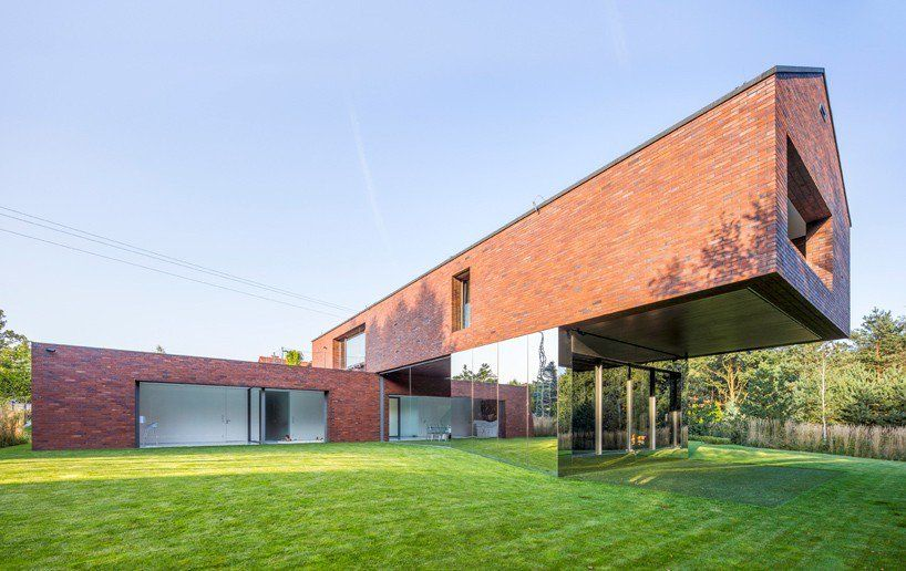 KWK promes blends living and nature with garden house in poland https://t.co/h6yUmZkyej via PaigeStainless