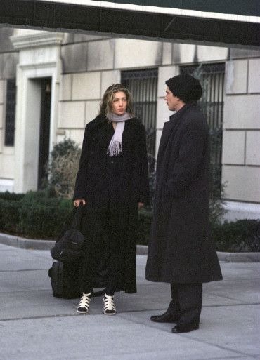 1994 Outside Of Jackie S Apartment Pinned By Thechanelista On Pinterest
