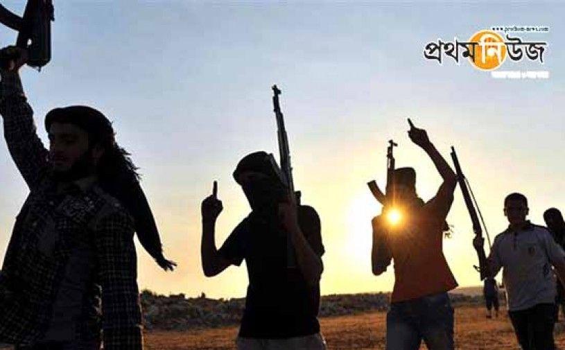 এবার রুশ গোয়েন্দা কর্মকর্তাকে শিরশ্ছেদ করার ভিডিও প্রকাশ করল দায়েশ