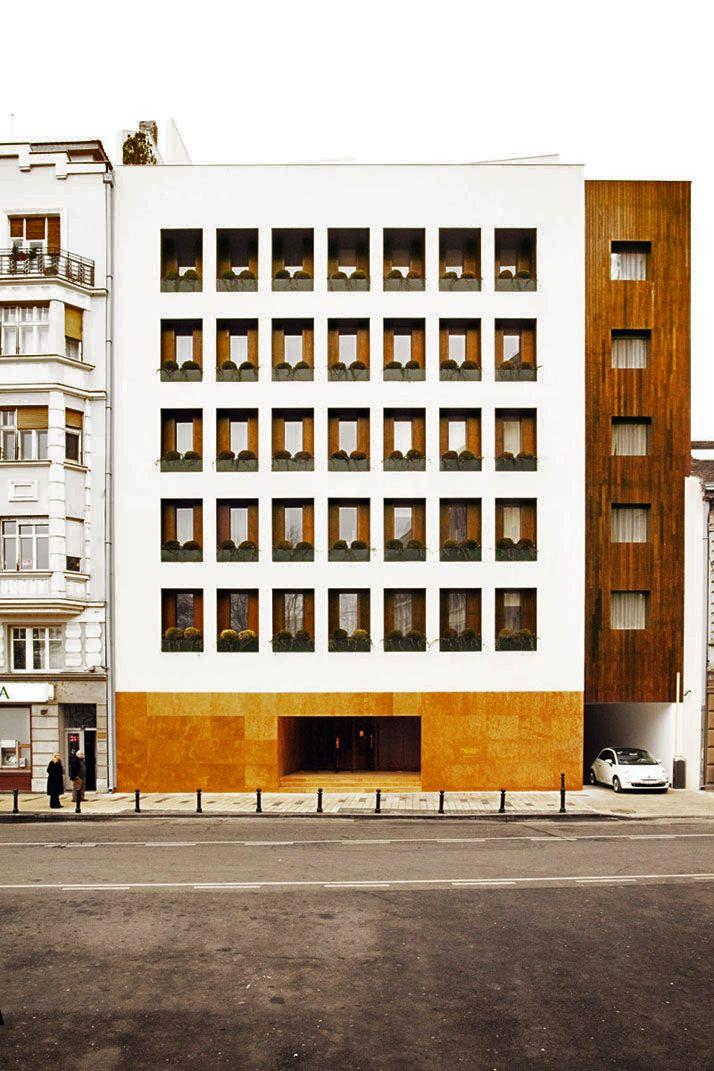 Isay Weinfeld - Square Nine hotel, Belgrade 2011. Photo (C) Matthieu Salvaing.