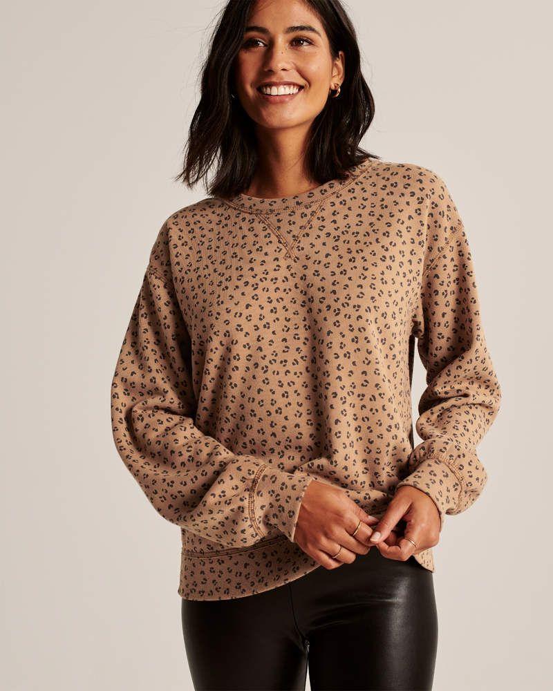 Women S Leopard Print Crewneck Sweatshirt Women S Tops Abercrombie Com Crewneck Sweatshirt Women Sweatshirts Women Crew Neck Sweatshirt [ 1000 x 800 Pixel ]