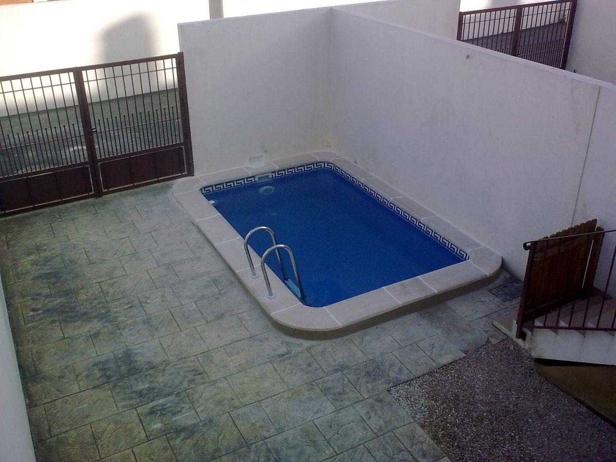 piscina encostada no muro - pesquisa do google | piscinas pequenas