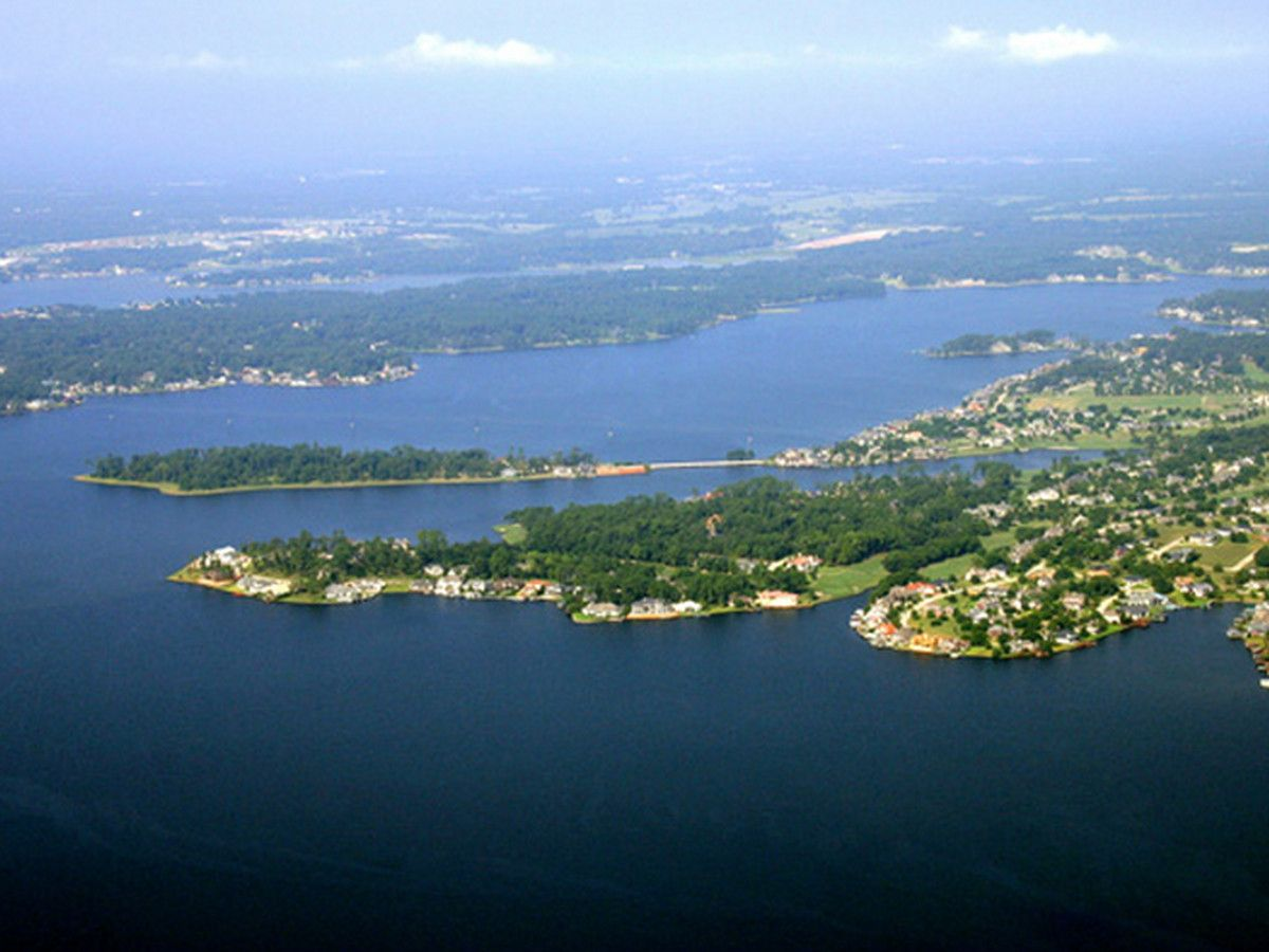 Headed to Lake Conroe for the weekend? This is what you
