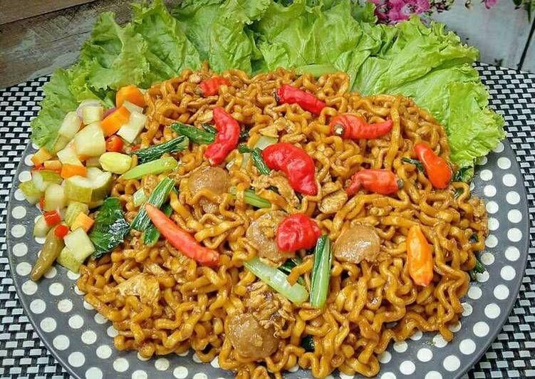 Resep Mie Tek Tek Goreng Pr Homadestreetfood Oleh Susan Mellyani Resep Resep Resep Masakan Mie