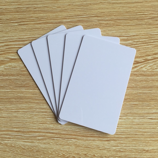 68.89$  Watch here - http://ali3gn.shopchina.info/go.php?t=32650497213 - 100pcs/lot Universal PVC NTAG213 Blank White RFID NFC Card Compatible with all nfc phone  #bestbuy