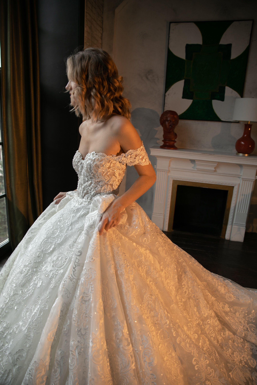 Off The Shoulder Princess Wedding Dress Elmi2 By Olivia Bottega Lace Up Back Wedding Dres Wedding Dress Bustier Poofy Wedding Dress Wedding Dress Long Sleeve [ 3000 x 2000 Pixel ]