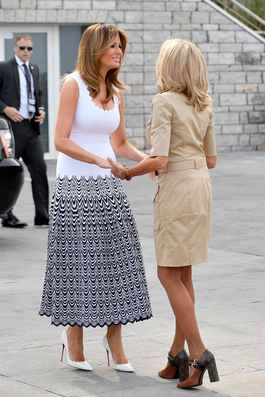 Fashion Notes Melania Trump Adopts The Codes Of Coco Chanel For G7 Summit Fashion Givenchy Dress Perfect Red Dress