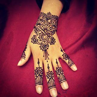 henne fleur - Recherche Google   Mehndi patterns, Henna hand tattoo, Hand tattoos