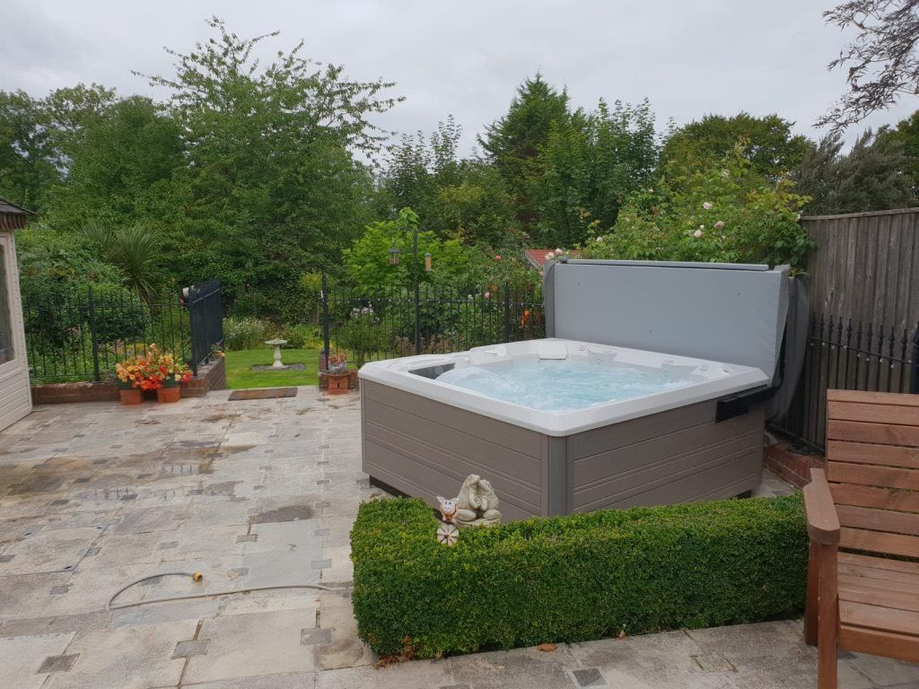 Hot Tubs Maintenance With Images Hot Tub Outdoor Spring Spa