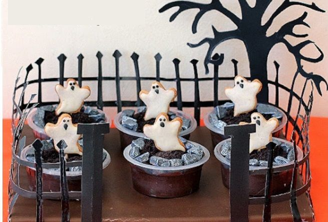 14 Spooky Pudding Cups For Your Halloween Kid's Party