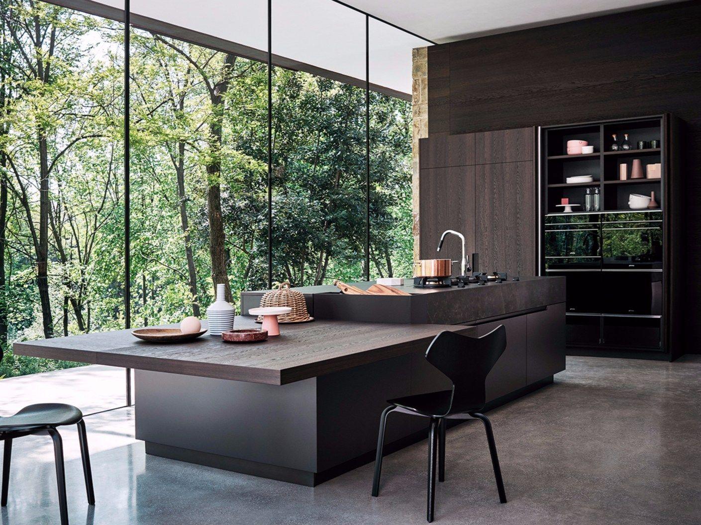 Einbauküche aus Eichenholz mit Kücheninsel MAXIMA 2.2 - COMPOSITION ...