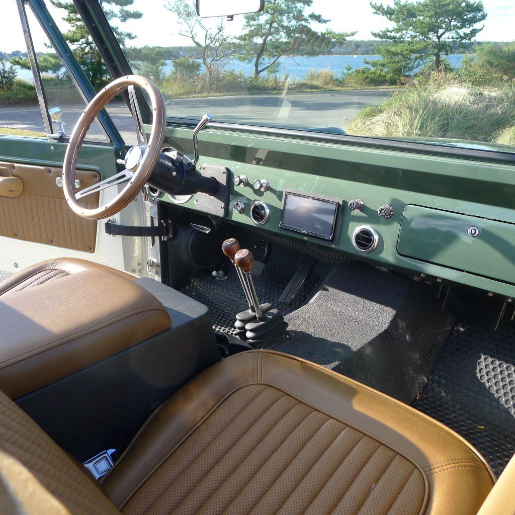 Custom Ford Bronco   Dash And Interior