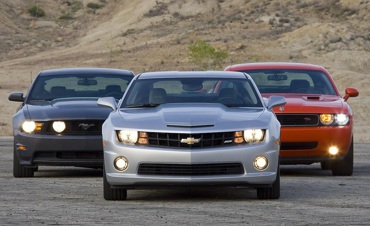 Mustang Camero Amp Challenger Ford Mustang 2010 Chevy