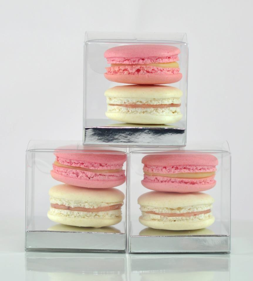 Macaron wedding favours. | Sharon\'s Wedding | Pinterest | Macaron ...