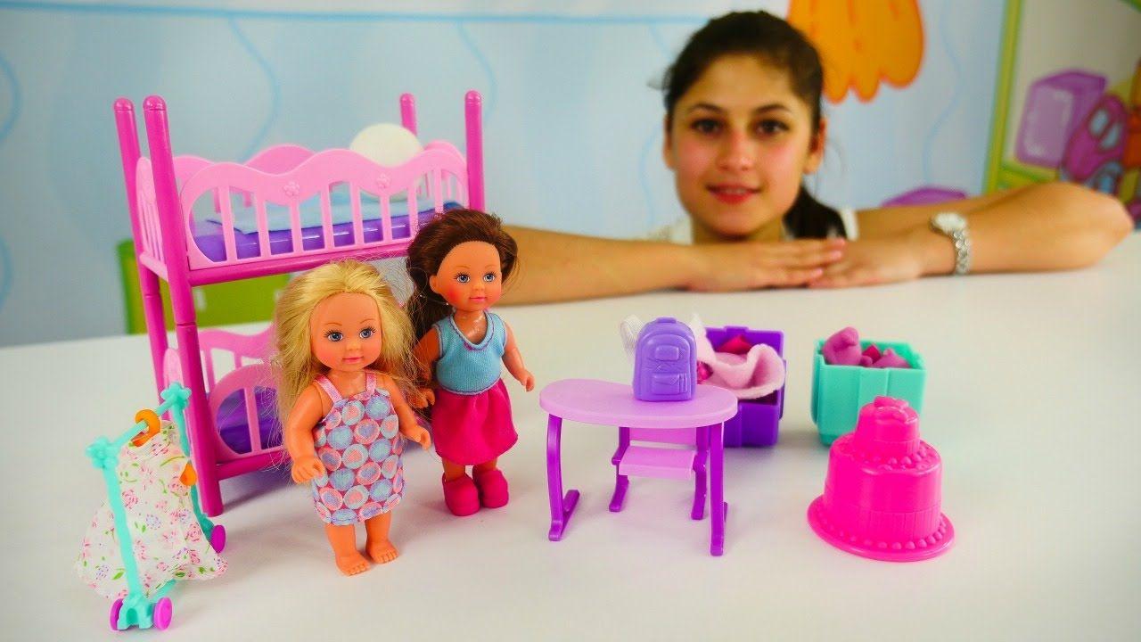 Oyuncak Bebek Evini Toparliyoruz Ayse Kukla Oynuyor Meryem Ve Nur Oyuncak Bebekler Bebek Evleri Dekorasyon Fikirleri Oyuncak