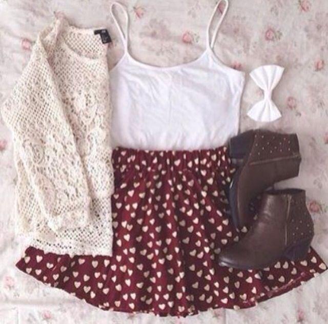 Esa la falda está muy bonita y adorable.