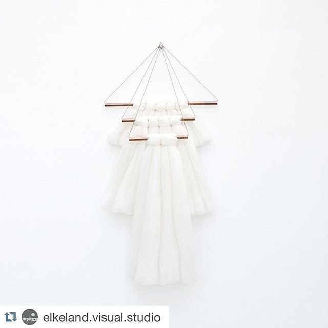 //DECOR// @elkeland.visual.studio was always on our wish list of artists to include in the store. Now we are patiently awaiting the arrival of these copper and merino wall hangings and pinching ourselves that we get to do this for a living. Beautifully crafted, simple and timeless