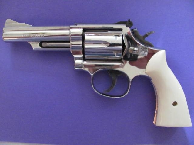 Smith & Wesson Model 19-3 Nickel 357 Magnum | 1 | Smith