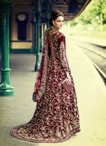 173219a8ecd 10603724 10152611982759194 3738449029968103779 n.jpg 699×960 pixels Asian Wedding  Dress Pakistani