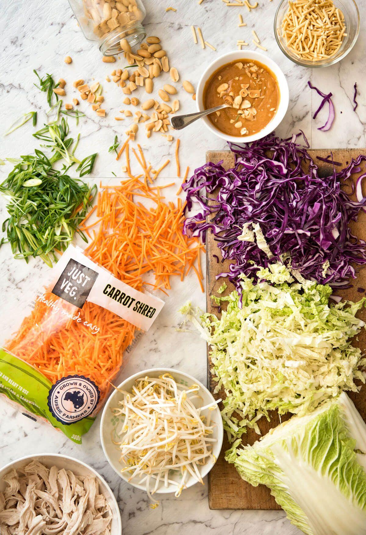 Chinesischer Hühnersalat mit asiatischer Erdnuss-Salat-Behandlung   – Recipes to Cook