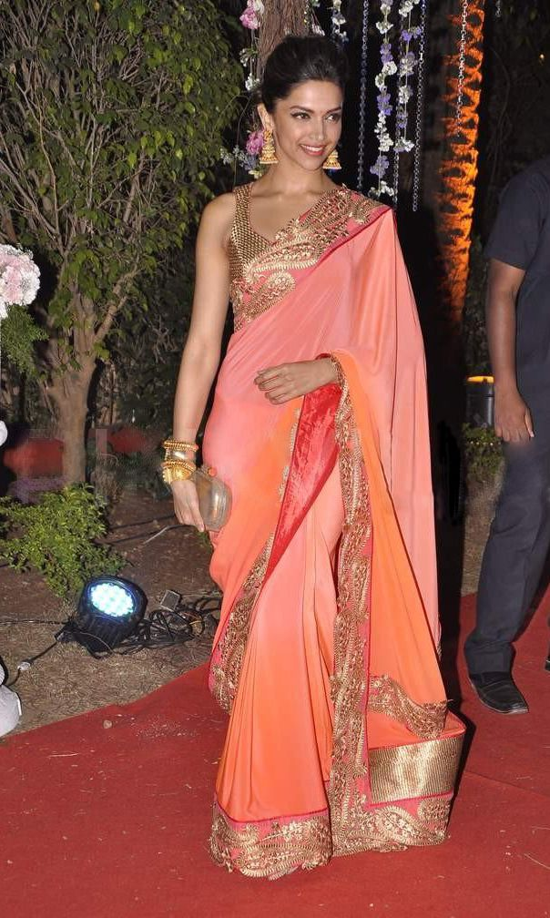 Which is the best deepika padukone saree moment ...