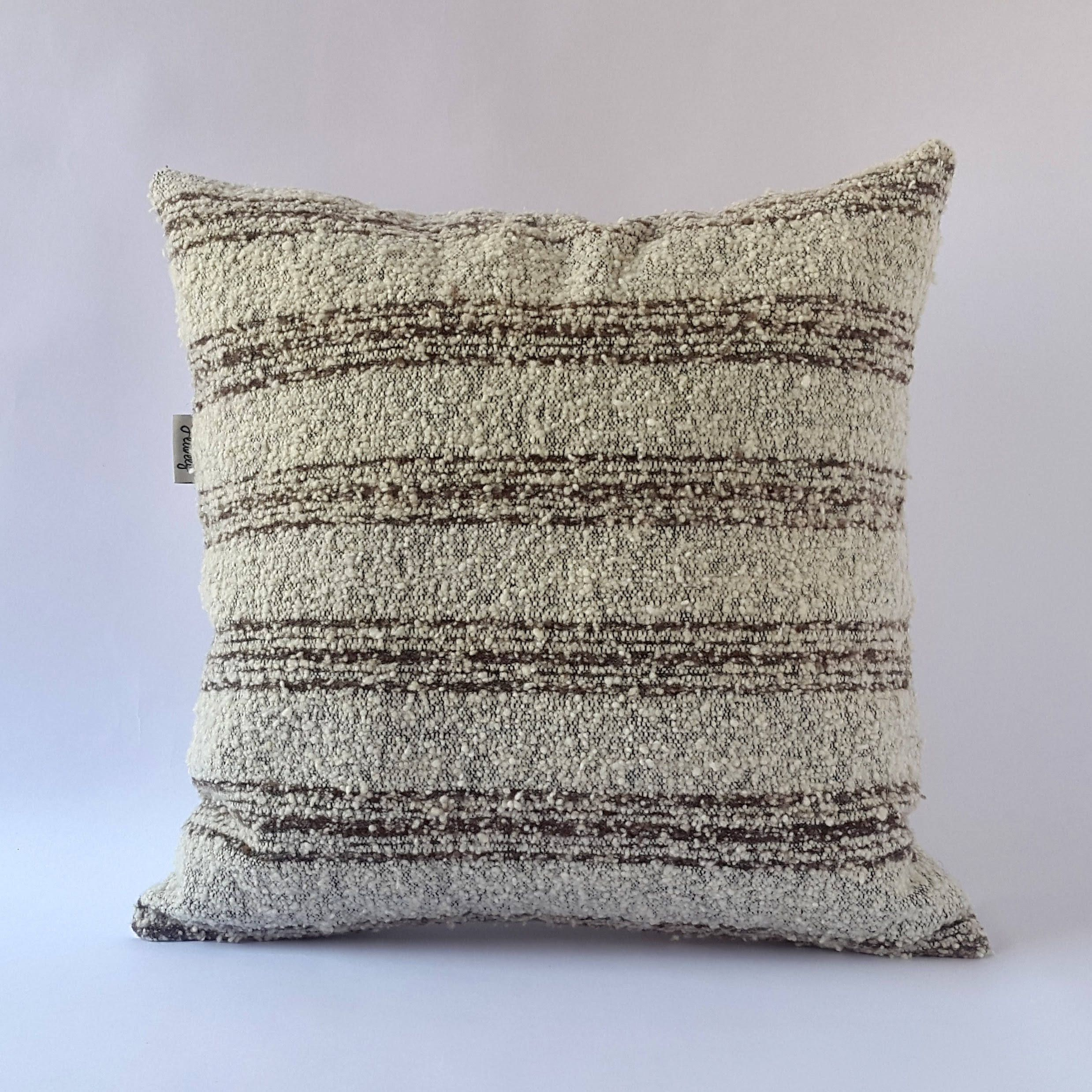 Cable knit sweater pillow cover ski
