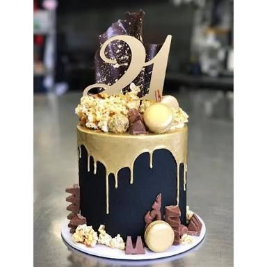 Image Result For Black White Gold Drip Cakes Birthday