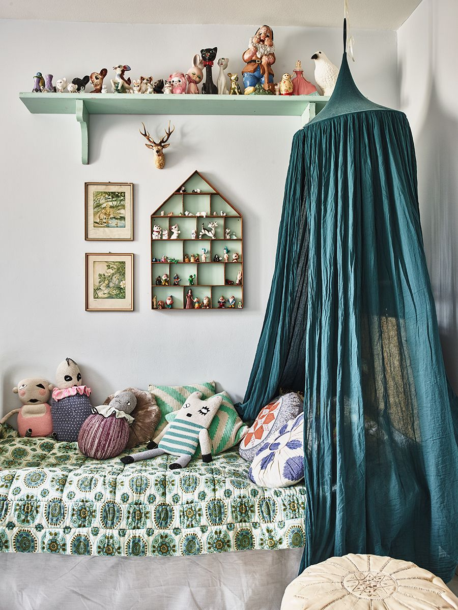 d4ca102d2 Bohemian vintage and modern family home in Malmo | Kids | Kids room ...