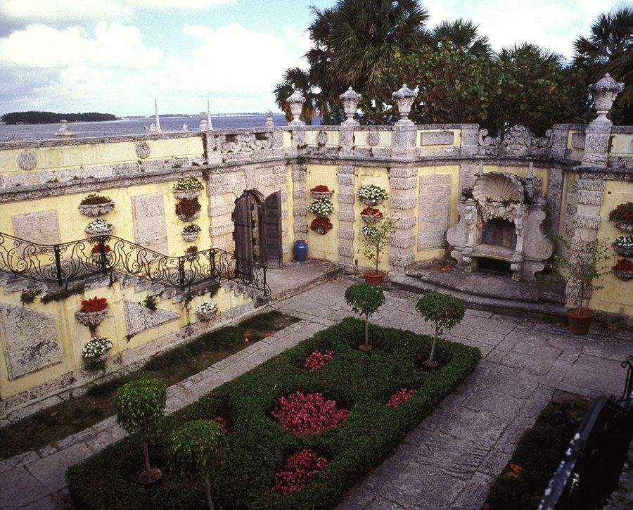 Vizcaya Museum and Gardens, FL | 11 Breathtakingly Beautiful Gardens You Need To Visit This Spring