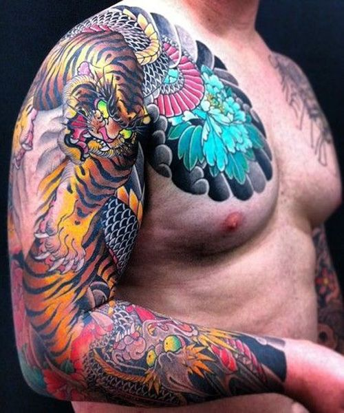 Amazing Tiger And Dragon Japanese Tattoos For Men With Images Japanese Tattoo Japanese Tiger Tattoo Japanese Tattoos For Men
