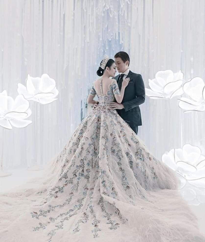 Gown dress princess syahrini  Pakaian pernikahan, Gaun pengantin