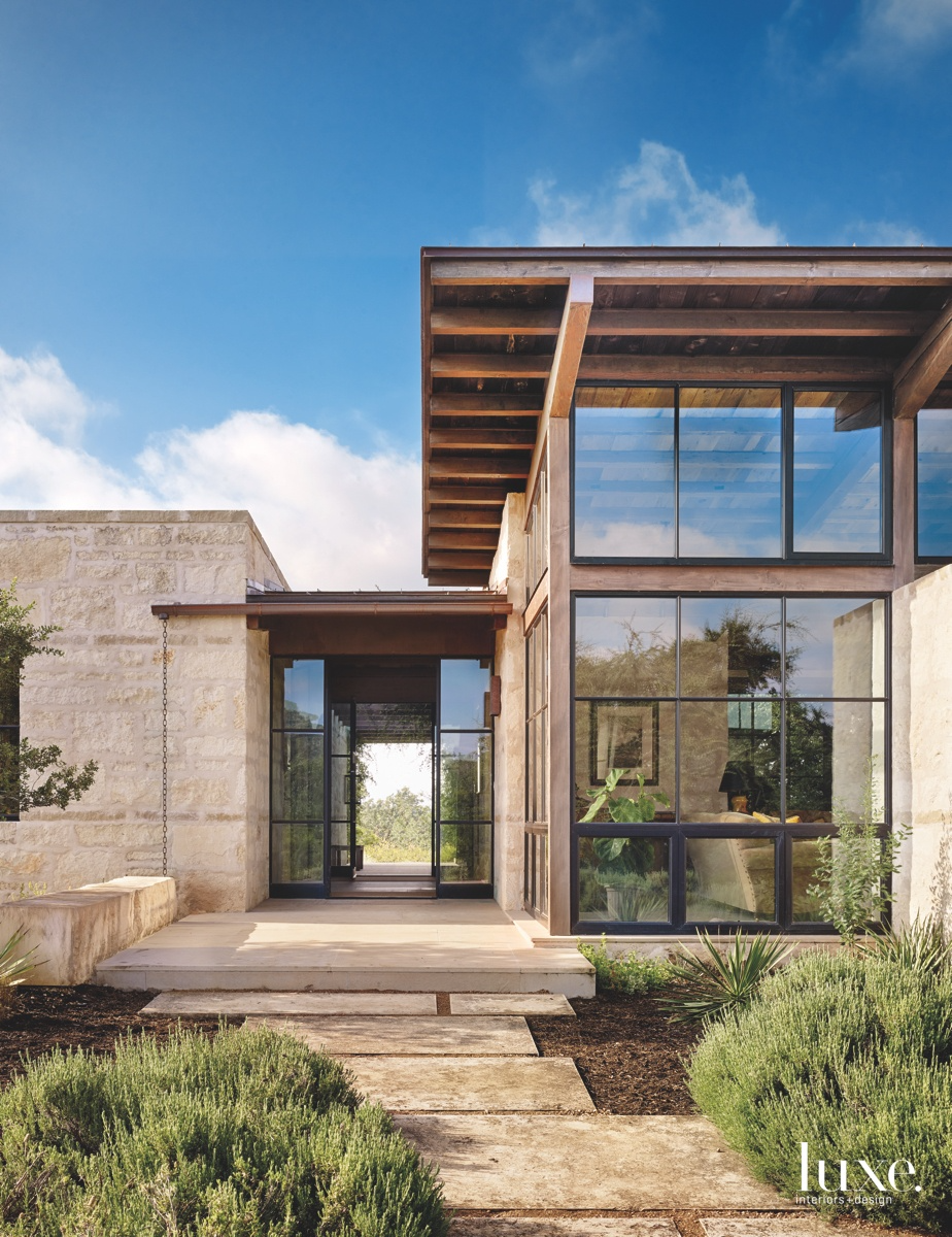 Texas Hill Country Home Features A Bit History