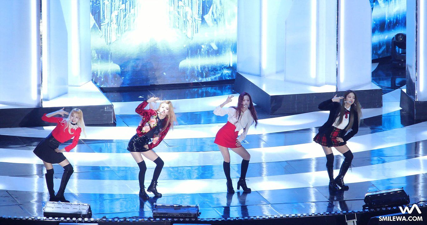 "-wA- on Twitter: ""[4K] 161119 #블랙핑크 (#BLACKPINK) 휘파람 (WHISTLE) 직캠 @ 2016 멜론 뮤직 어워드 (MMA) Fancam by -wA- https://t.co/T5KziLvCH7 https://t.co/HOfRTThczI"""