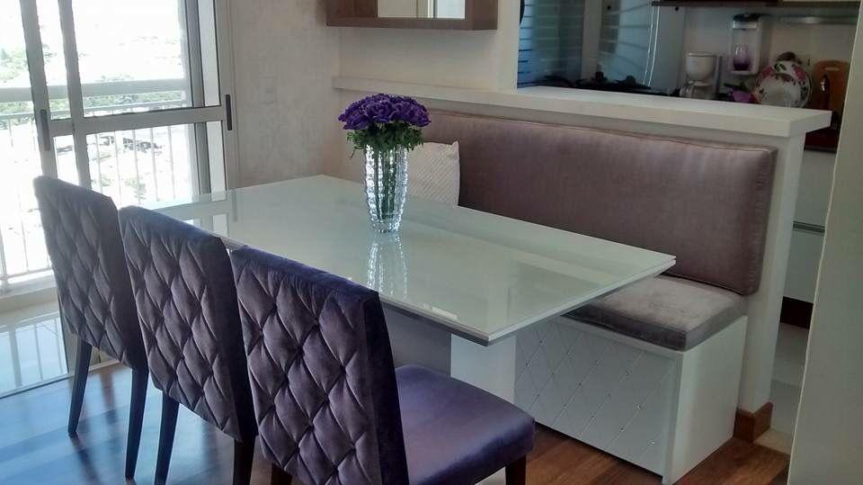 Sala de jantar com banco