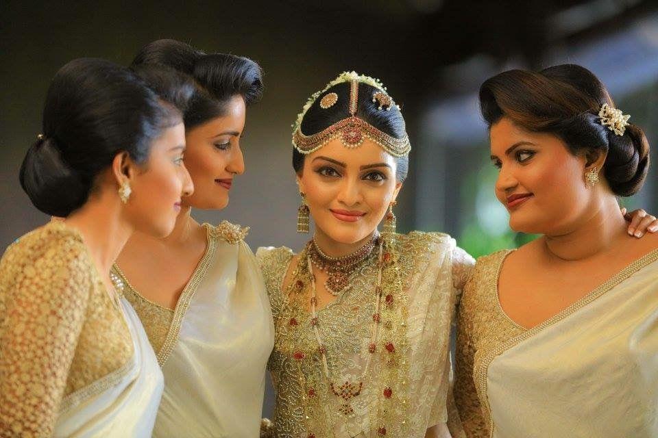 Pin de Gcr Jayasekara en Bridal   Pinterest