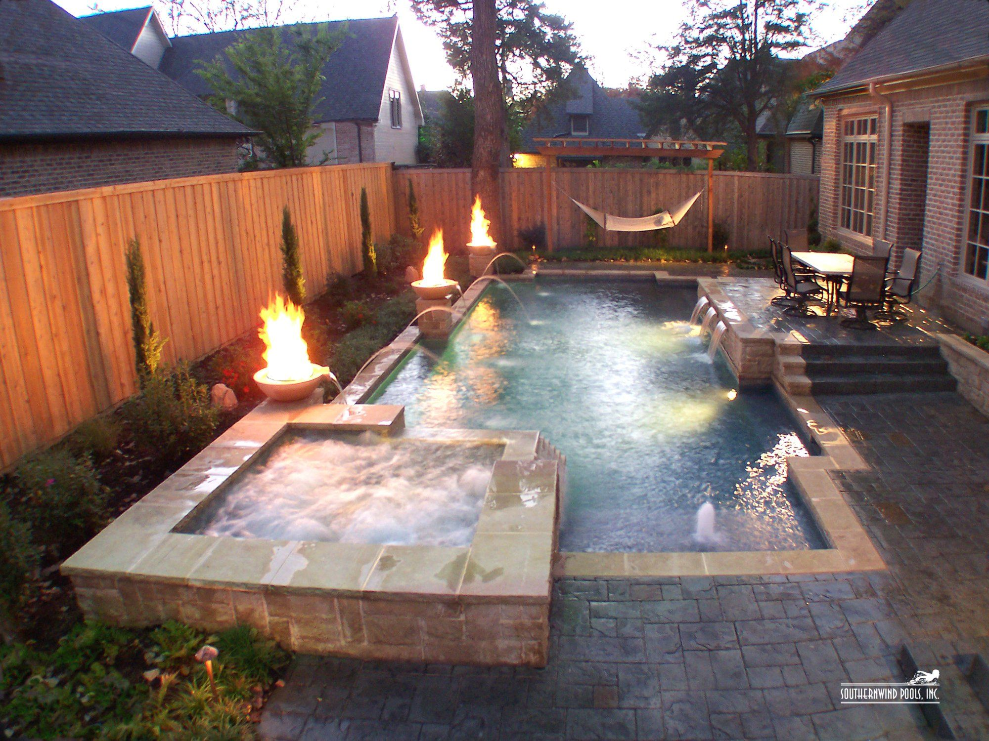 Pin by devin rotenberry gardner on i want a swimming pool - Swimming pools for small backyards ...