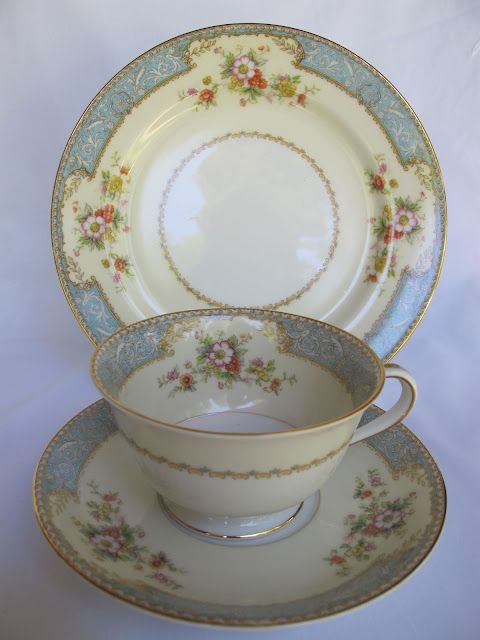 My Noritake China Quot Bluedawn Quot 622 Vintage 10 Full Place