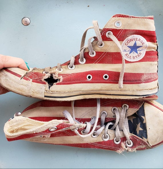 Vintage 80s 90s Converse all star hi tops m7w9 flag trashed