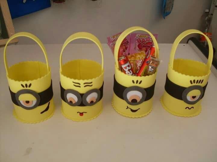 572735235 Minions goma eva | goody bags | Minion birthday, Minions, Minion party