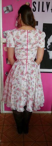Rosy Retro Vintage