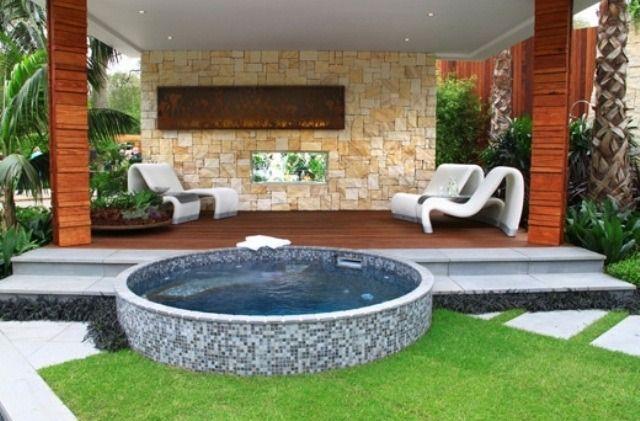 Whirlpool Rund Garten Terrasse Rasenfläche Ideen | Relaxing Garden ... Whirlpool Garten Einbauen Ideen