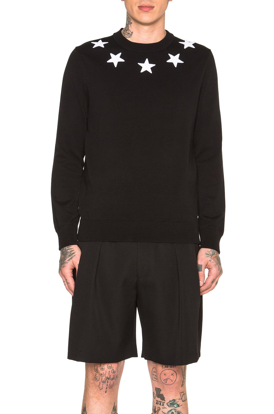 GIVENCHY Star Collar Crew Neck Jumper.  givenchy  cloth   Givenchy Man 4d9322b5d358