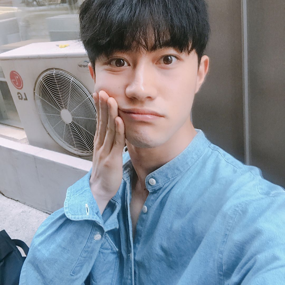 Kwak Dong Yeon 170527 Instagram Update Atrizes